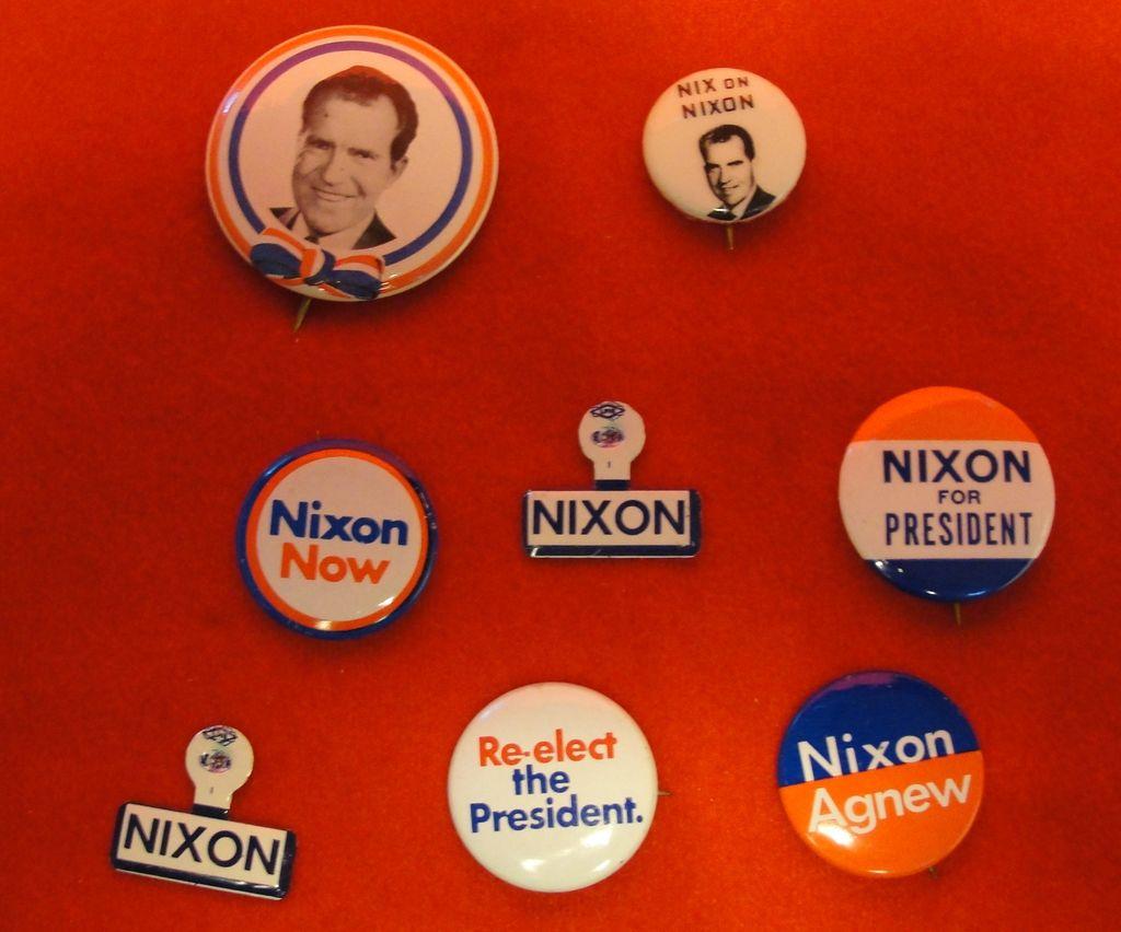 Eight Richard Nixon Political Pins and Pinbacks