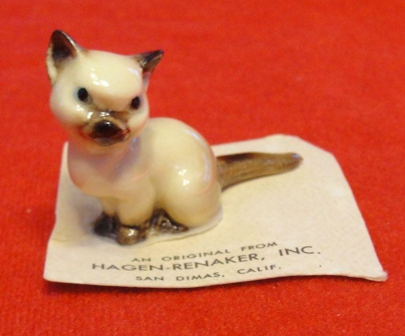 Vintage Hagen Renaker Sitting Siamese Kitten - Original Card