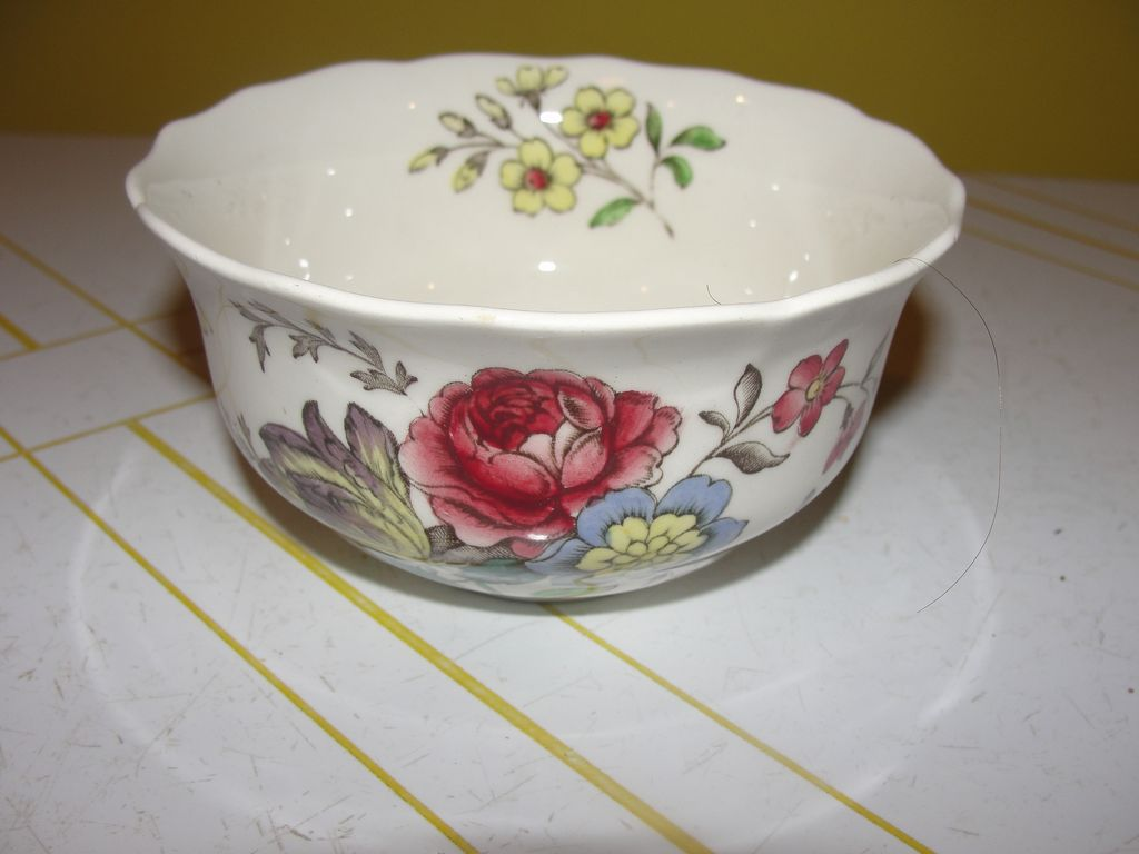 "Spode ""Gainsborough"" (Marlborough) Large Open Sugar Bowl"