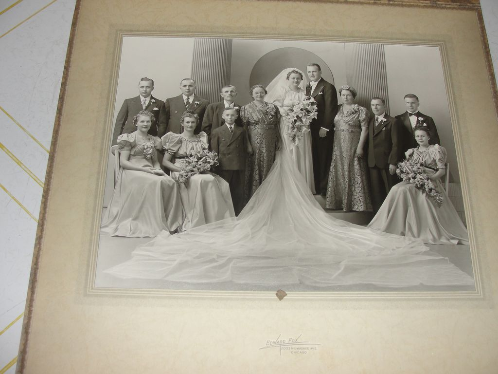 Really Long veil Wedding Photo