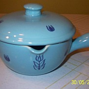 "Cronin China ""Tulip"" Covered casserole w/spout"