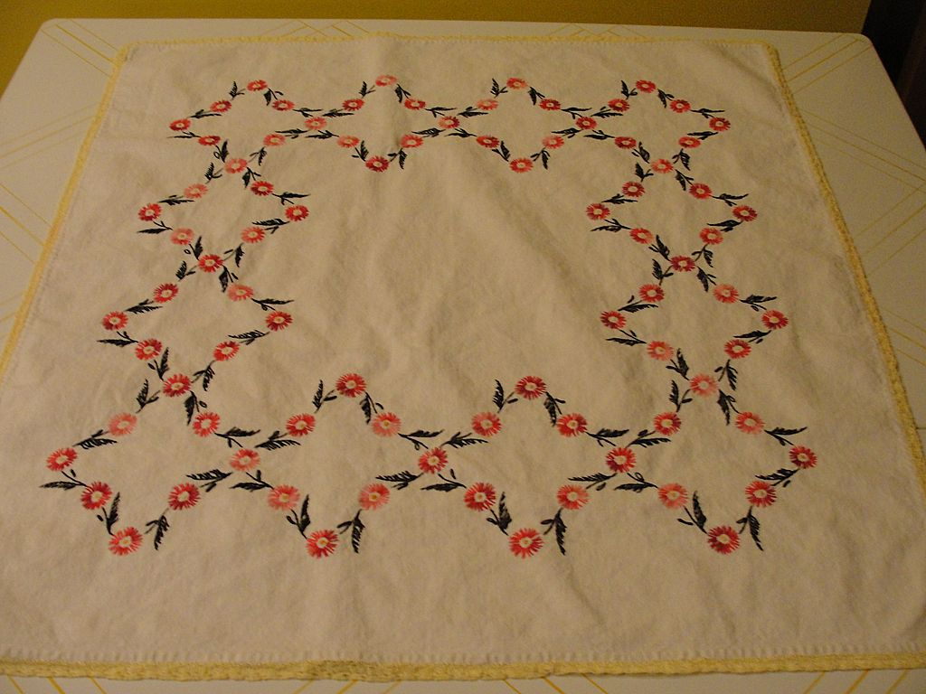 Pink and Red Embroidered Flower Tablecloth