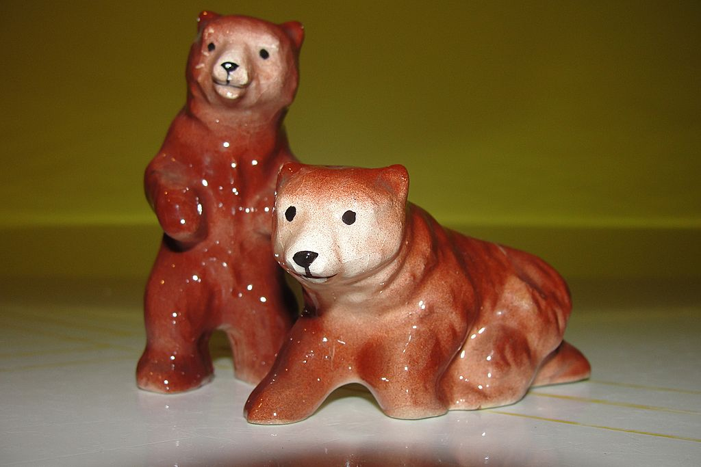 Little Brown Bear Salt and Pepper Shakers - b36