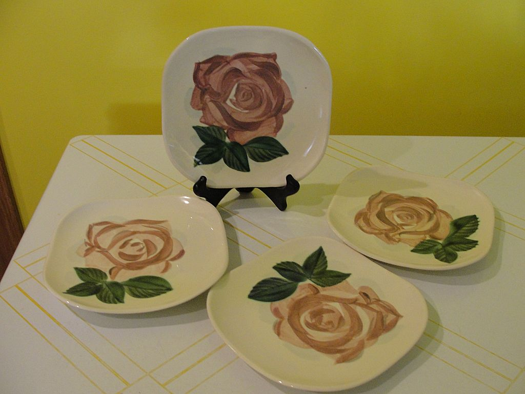 RedWing Lexington Mid-century Salad Plates