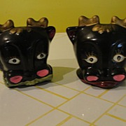 Black cow Salt and Pepper Shakers - b23