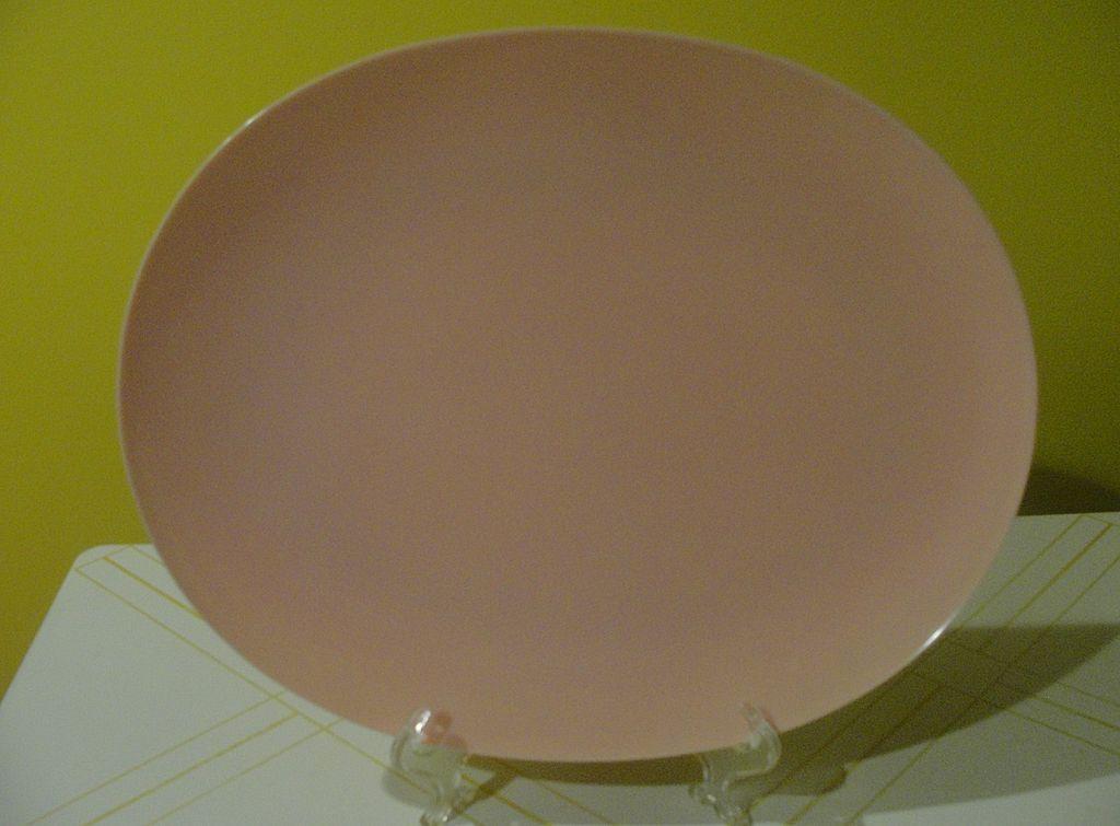 Poodle Pink Mid-Century ''Lucent'' Raymond Loewy Melmac/melamine Platter