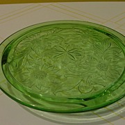 Green Sunflower Cake Plate - b29