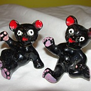 Grateful Dead Bear Look-a-like Salt and Pepper Shakers