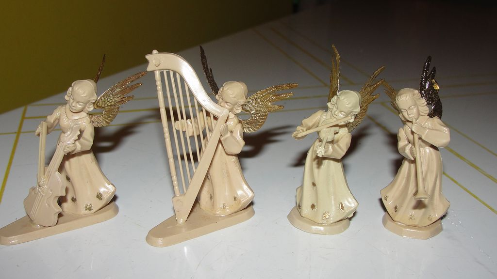 4 Piece Christmas Angel Orchestra - b208