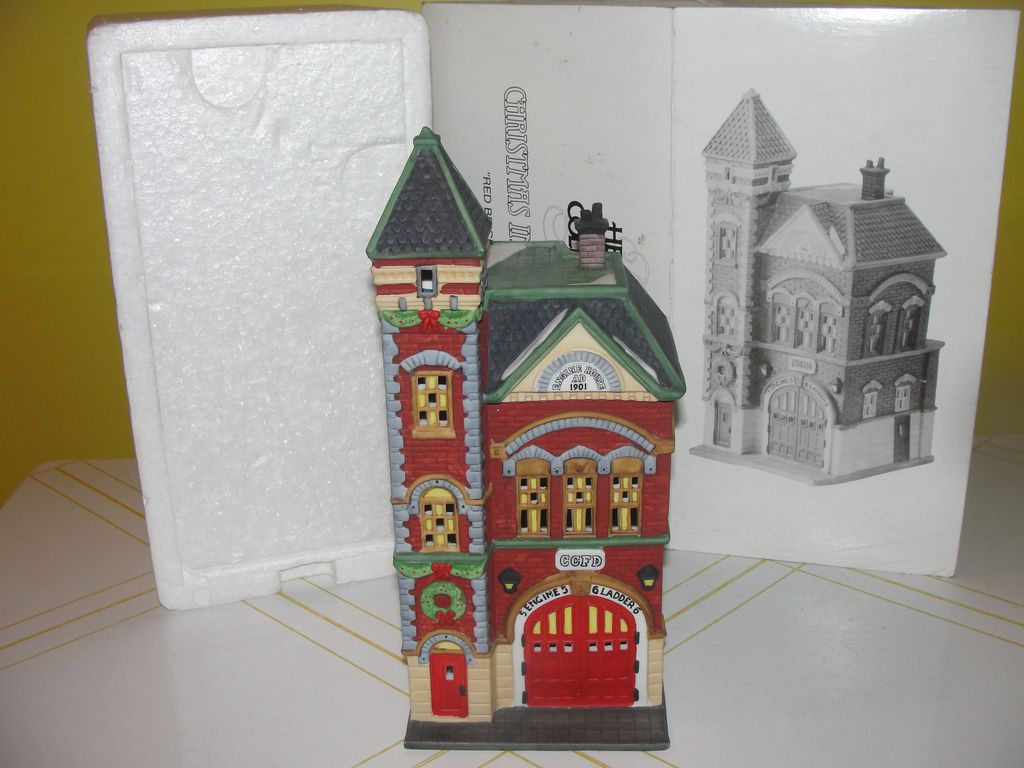 Dept 56 Christmas in the City Red Brick Fire Station #5536-0