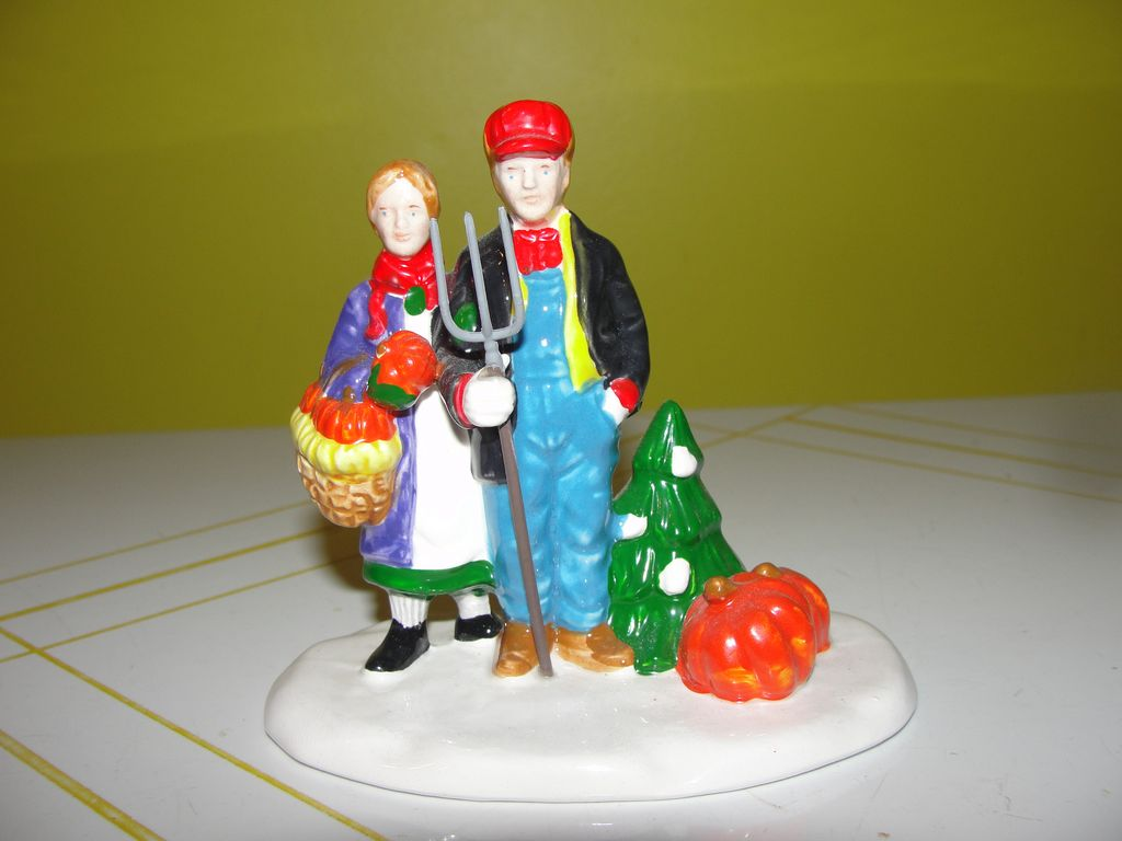 Dept 56 Snow Village Country Harvest