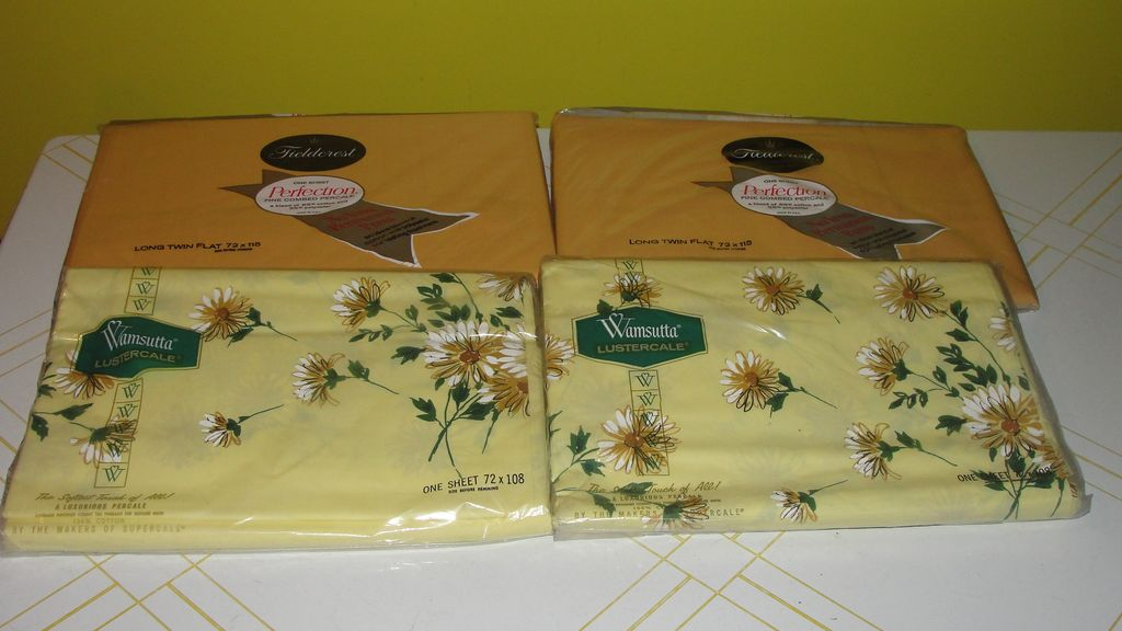 Wamsutta and Fieldcrest Solid Gold and Yellow Flower Twin Top Sheets - b39