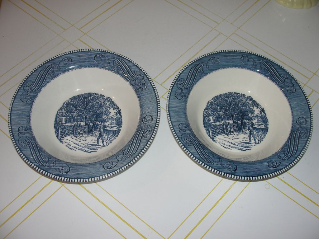 Royal China Currier and Ives ''Home Sweet home'' 10'' Round Vegetable Bowl