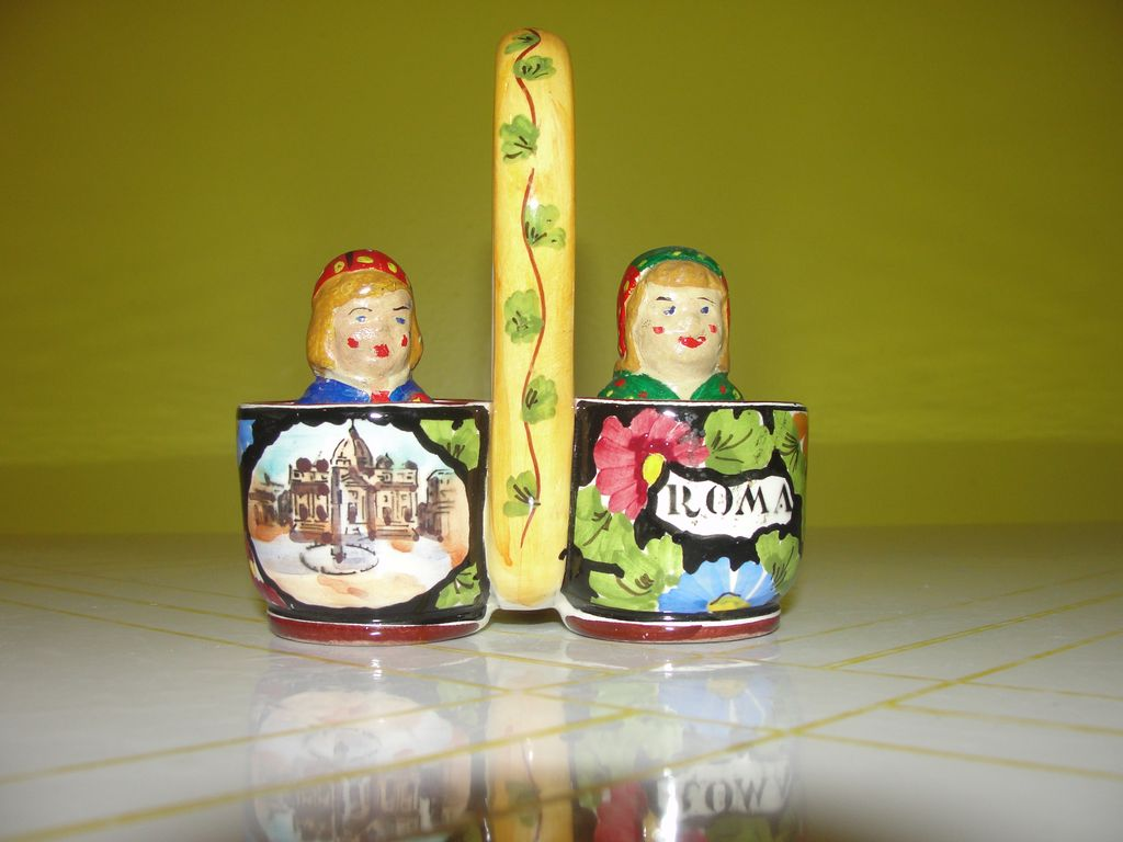 ''Roma'' Boy and Girl in Basket Salt and Pepper Shakers - b35