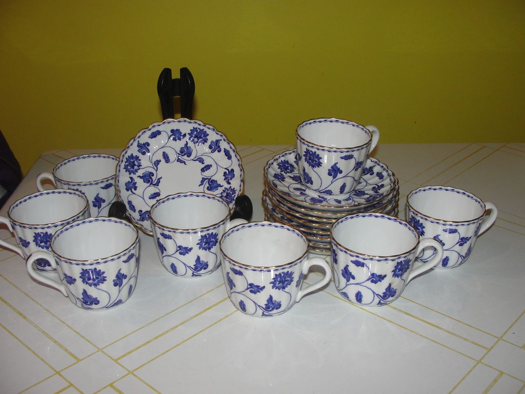 Spode ''Colonel'' with Gold Accent Cup and Saucer