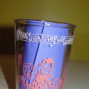 "Welch's ""Hey Kids Hip Hip Hooray Welch's leads the parade....'' Swanky swig Glass - b43"