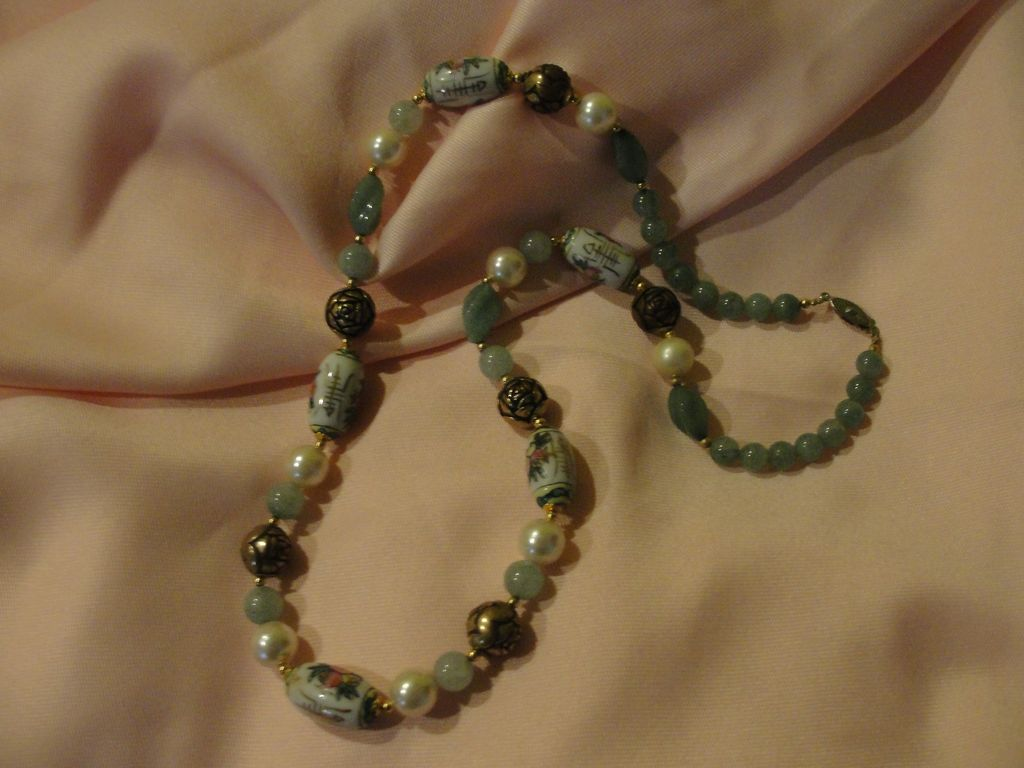 Hand painted beads Adventurine Necklace - Free Shipping