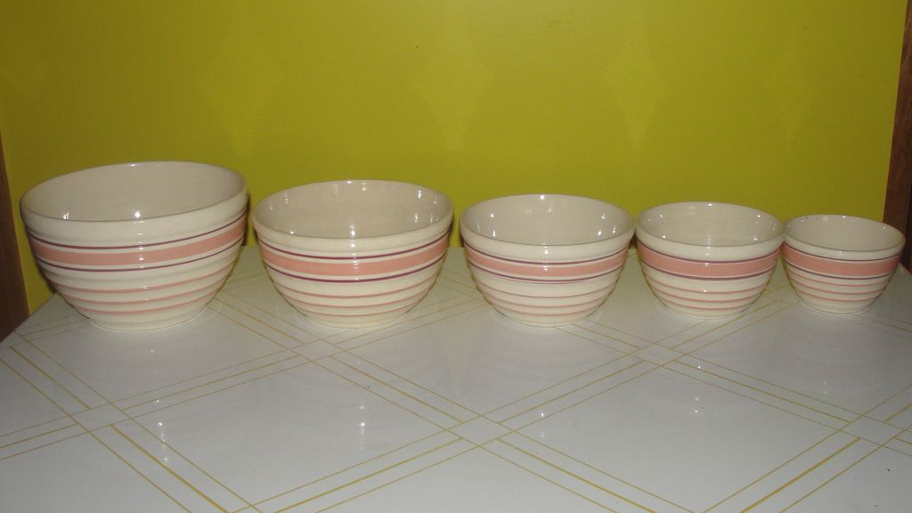 Peach Stripe and Rib Bowl set of 5