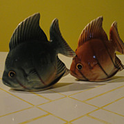 Green Fish Brown Fish Salt and Pepper Shakers - b48