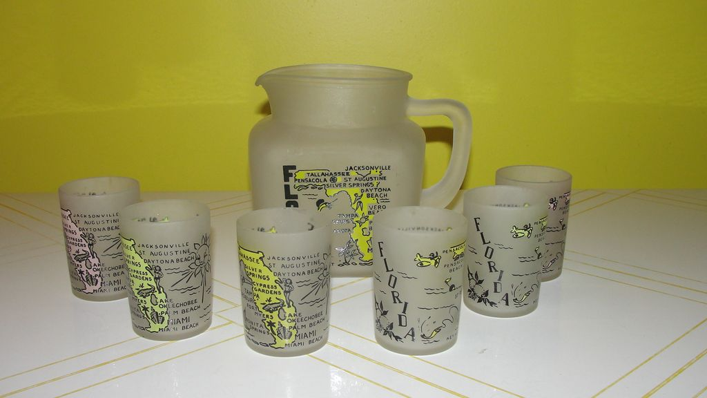 Florida the Sunshine state ''Star'' Pitcher w/6 juice Glasses - b49