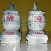 Pot Belly stove Salt and Pepper Shakers