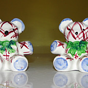 Plaid Bears with Green Bow Ties Salt and Pepper Shakers