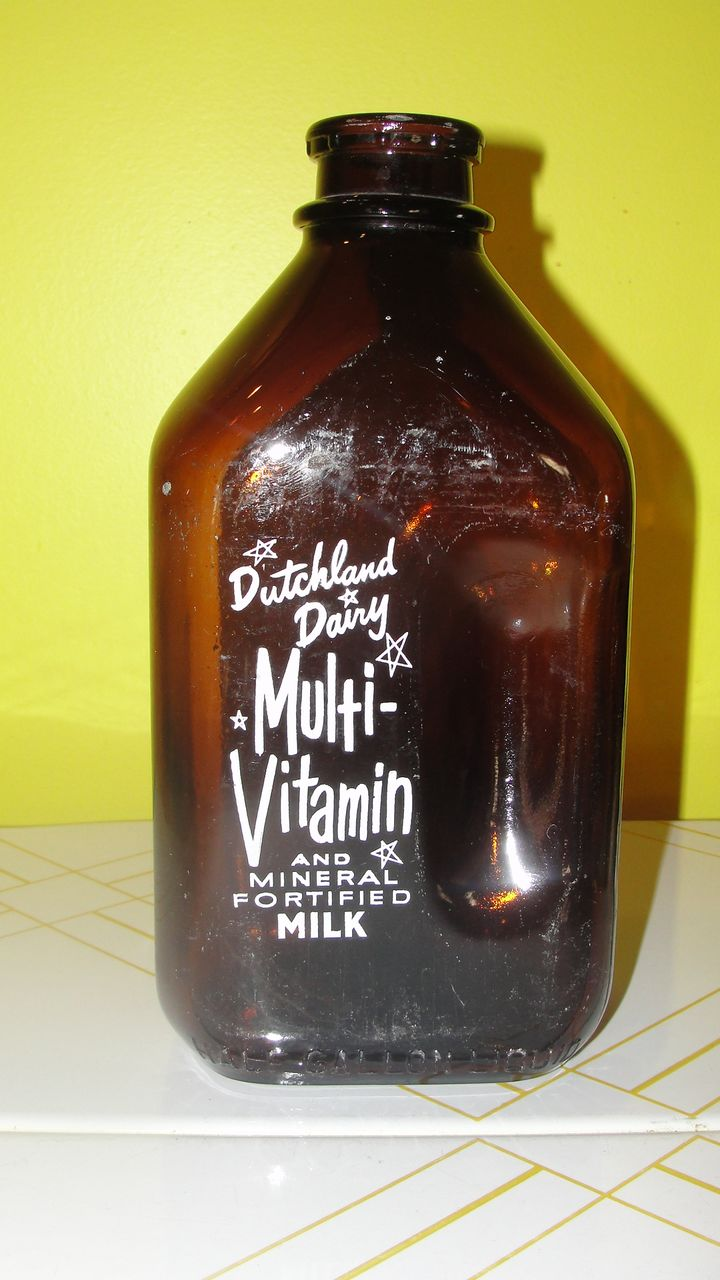 Dutchland Dairy 1 2 Gallon Brown Glass Milk Bottle From