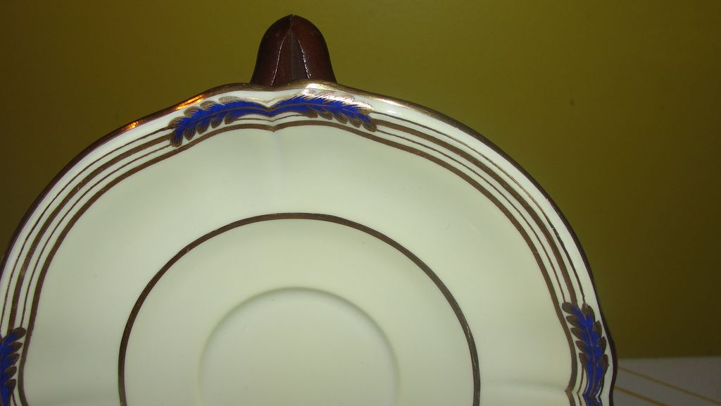 Spode ''Sutherland'' Saucers