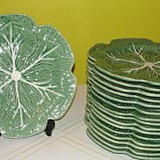 Bordallo Pinhiero Made in Portugal  Green Cabbage Extra-Large Dinner Plates