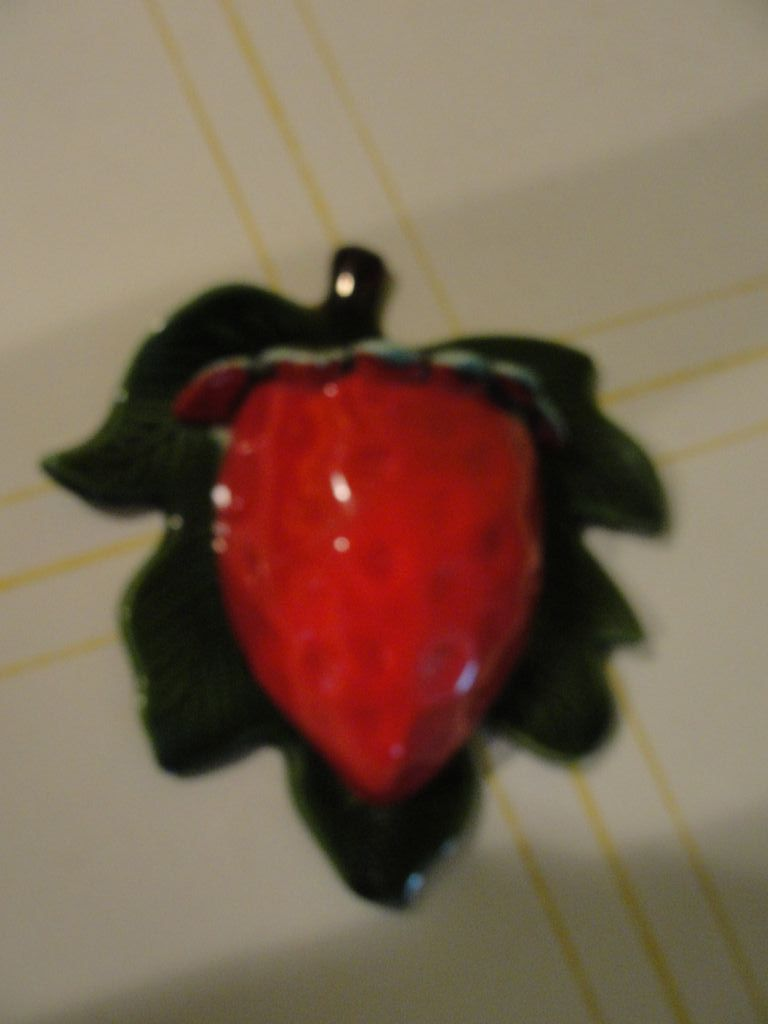Treasure Craft Strawberry Wall Pocket