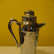 Mirror Bright Mid-century Chrome Cocktail Shaker