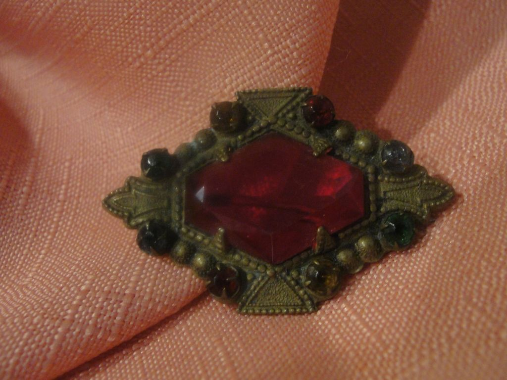On The Bias Red Stone Pin - Free shipping