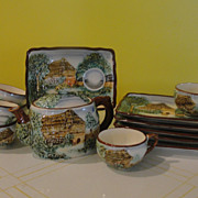 Charming Country Cottage Tea pot with Cups and Plates