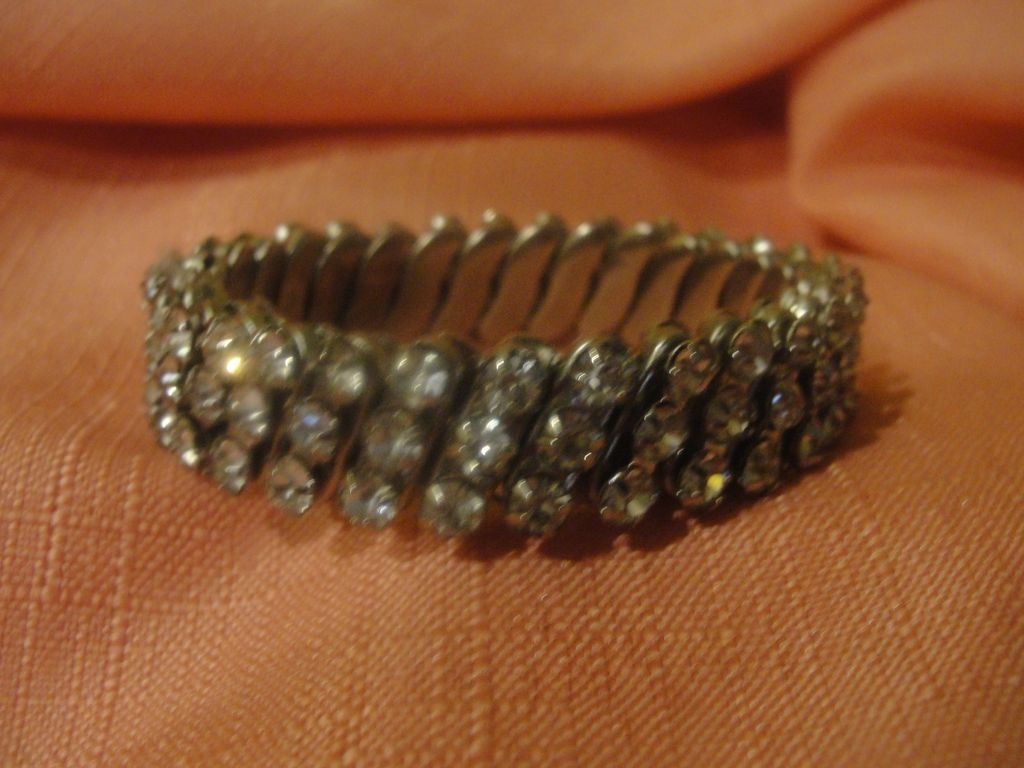 Diamond Girl Rhinestone Stretch bracelet - Free shipping