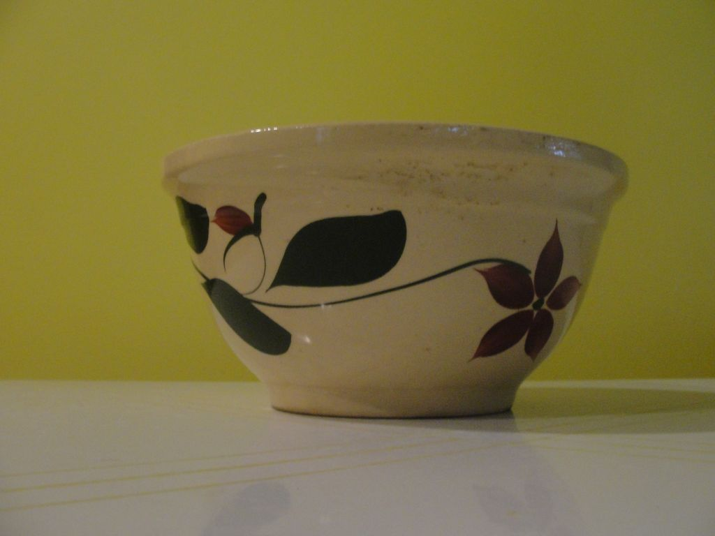 Watt Star flower ''9'' Mixing Bowl - bg