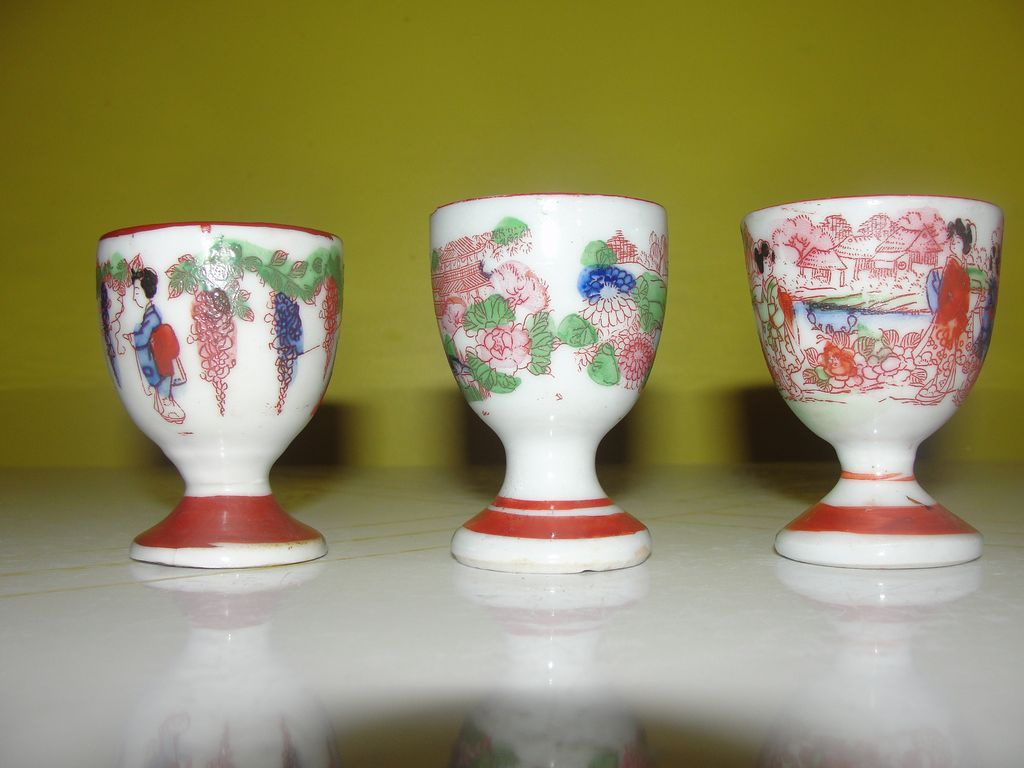 Geisha Girl Egg Cups - b127