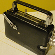 You ought to be in Pictures Eastman Kodak Magazine Cine-Kodak 16mm Movie Camera - b130a - Red Tag Sale Item