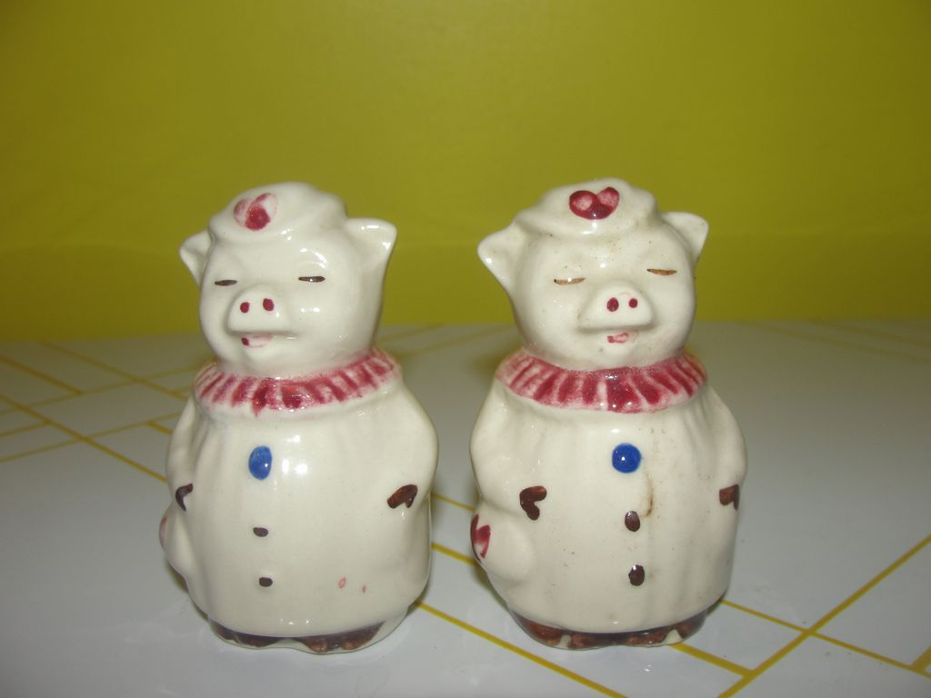 Winnie the Pig Shawnee Salt and Pepper Shakers