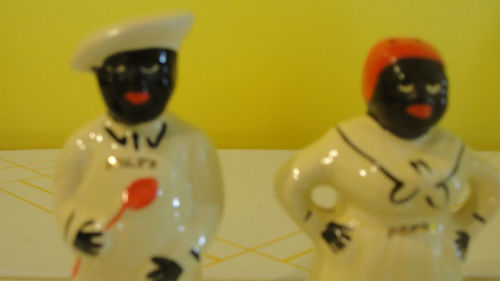 """Pearl China Black Americana Table Top """"Salty and Peppy"""" Salt and Pepper Shakers - b141"""