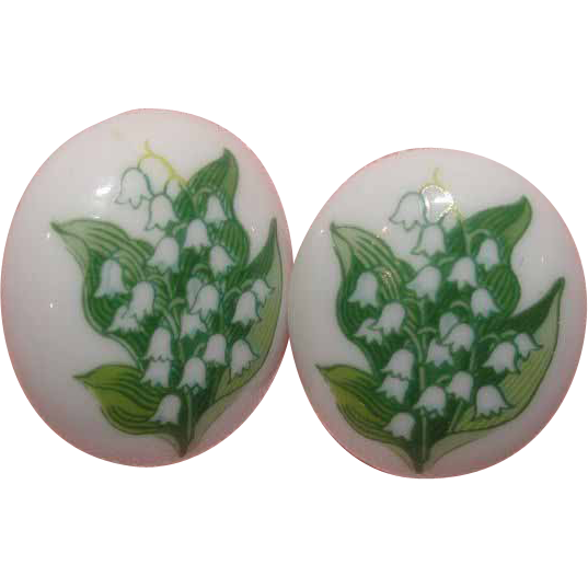 Avon Birthday Bouquet May Lily of the Valley Post Earrings - Free shipping