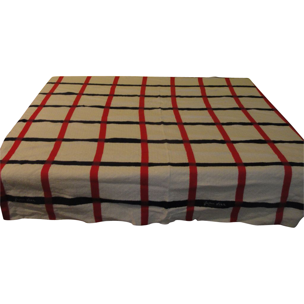 Jean vier la maison basque woven tablecloth l1 from hodgepodgelodge on ruby - La maison basque paris ...