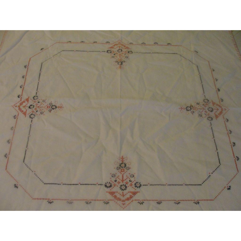Cross Stitch Flower Bridge Tablecloth - L2