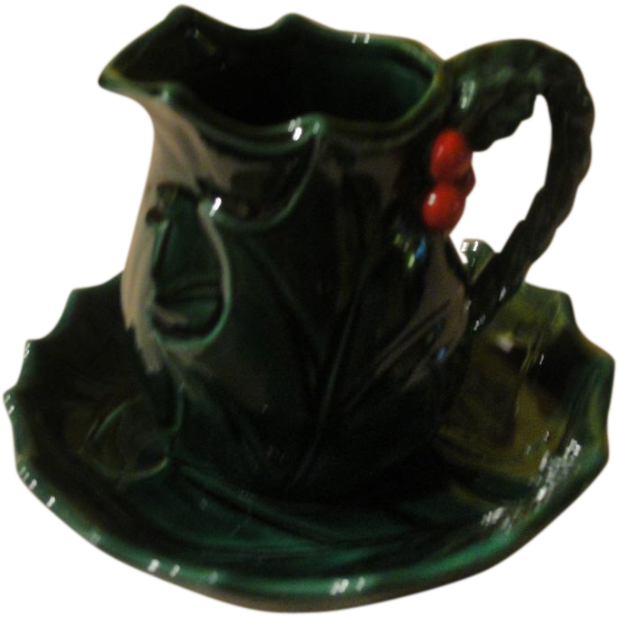 Lefton Small Green Holly Bowl and Pitcher - b155