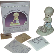 Precious Moments 1989 Members Only Figure ''Mow Power to you'' PM892