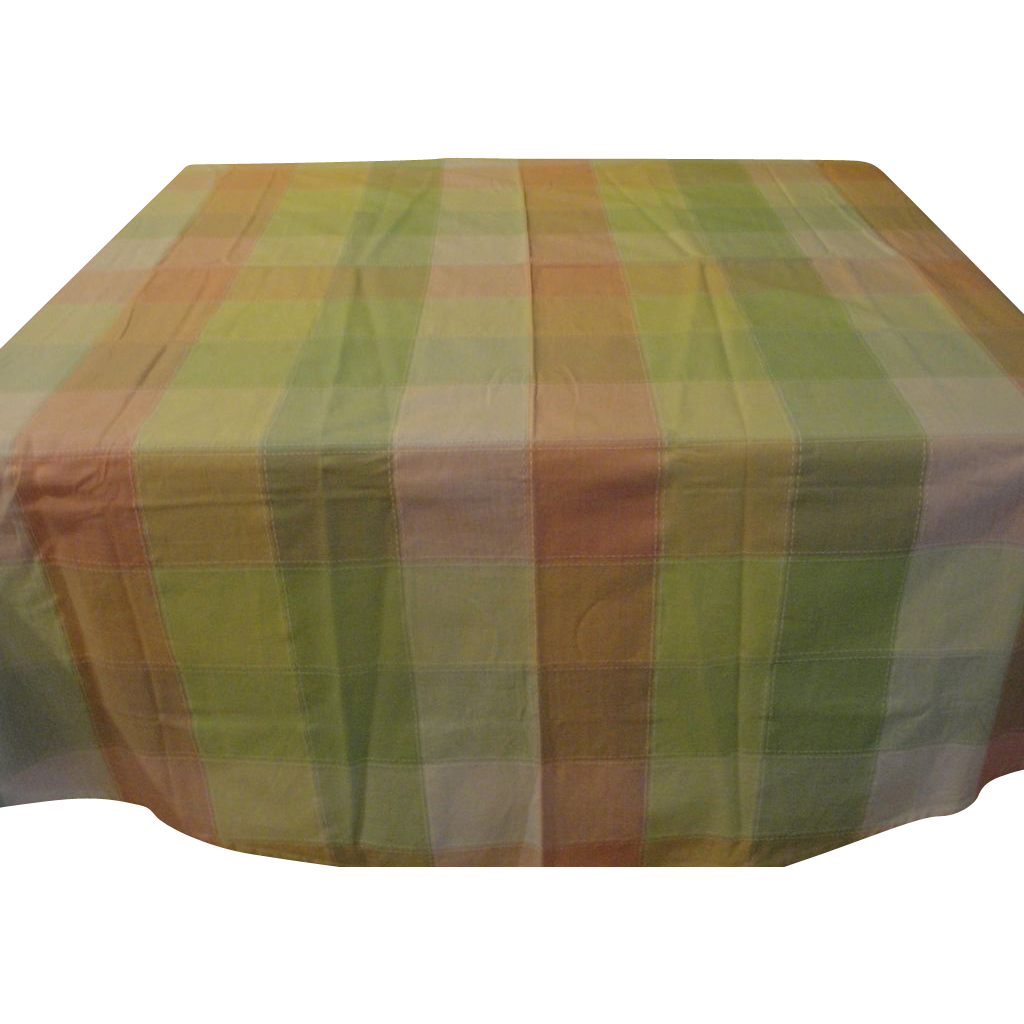 Round Top-stitched Plaid Tablecloth - b164