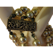 Silvery 3-strand Faux Pearl Bracelet - free shipping