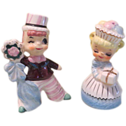 Boy Winking at girl Salt and Pepper Shakers - b57