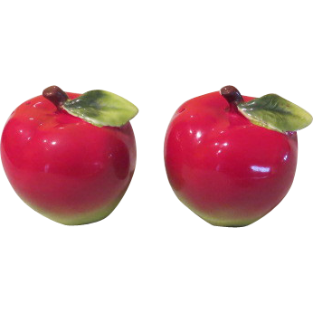 Juicy Red Apple Salt and Pepper Shakers - b58