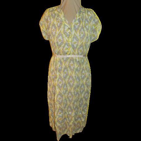 Mom-to-be Marian sue Maternity Dress