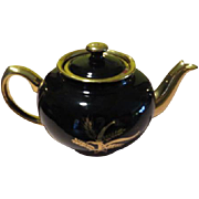 Sadler Black with Golden Wheat Tea Pot - b63